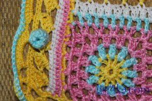 palto-mnogocvetik-kruchkom-pugovica