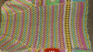 palto-mnogocvetik-kruchkom-spinka